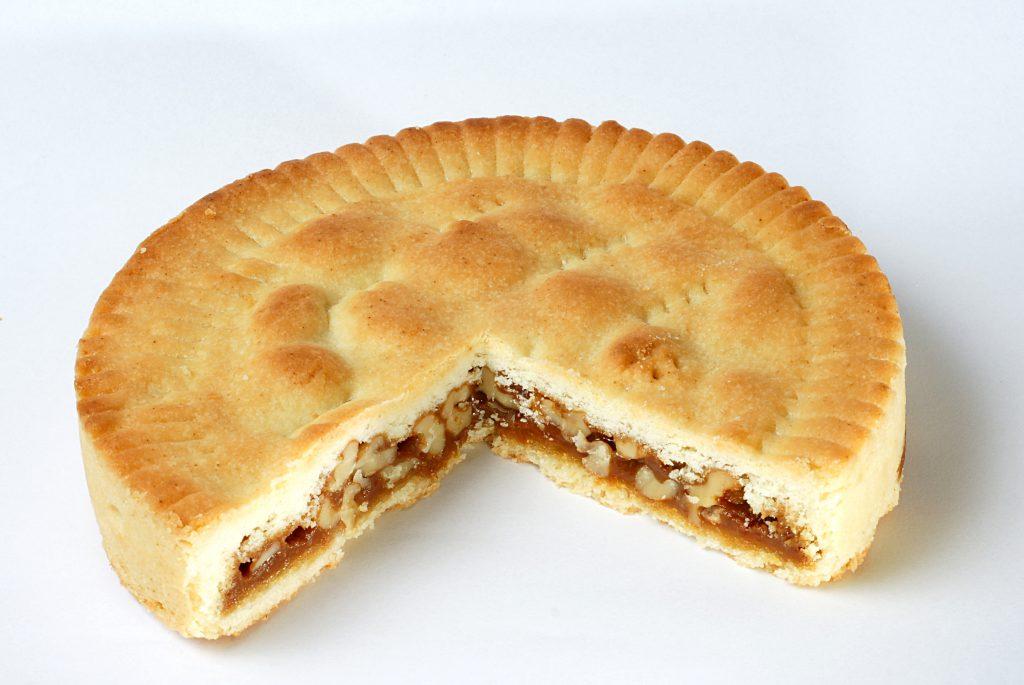 must eat pie Bündner Nusstorte